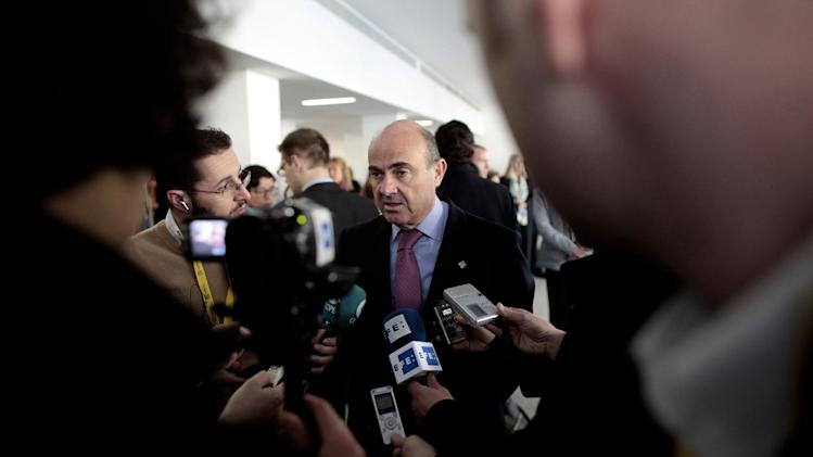 Spain's Finance Minister Luis de Guindos speaks to the media before the Informal Meeting of ECOFIN Ministers in Dublin Castle, Ireland, Saturday, April 13, 2013. (AP Photo/Peter Morrison)