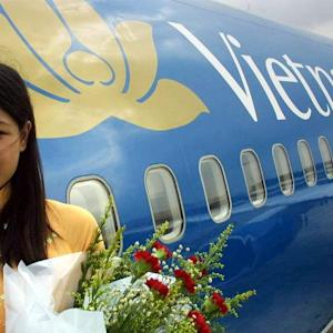 Vietnam Airlines IPO Tests Investor Enthusiasm