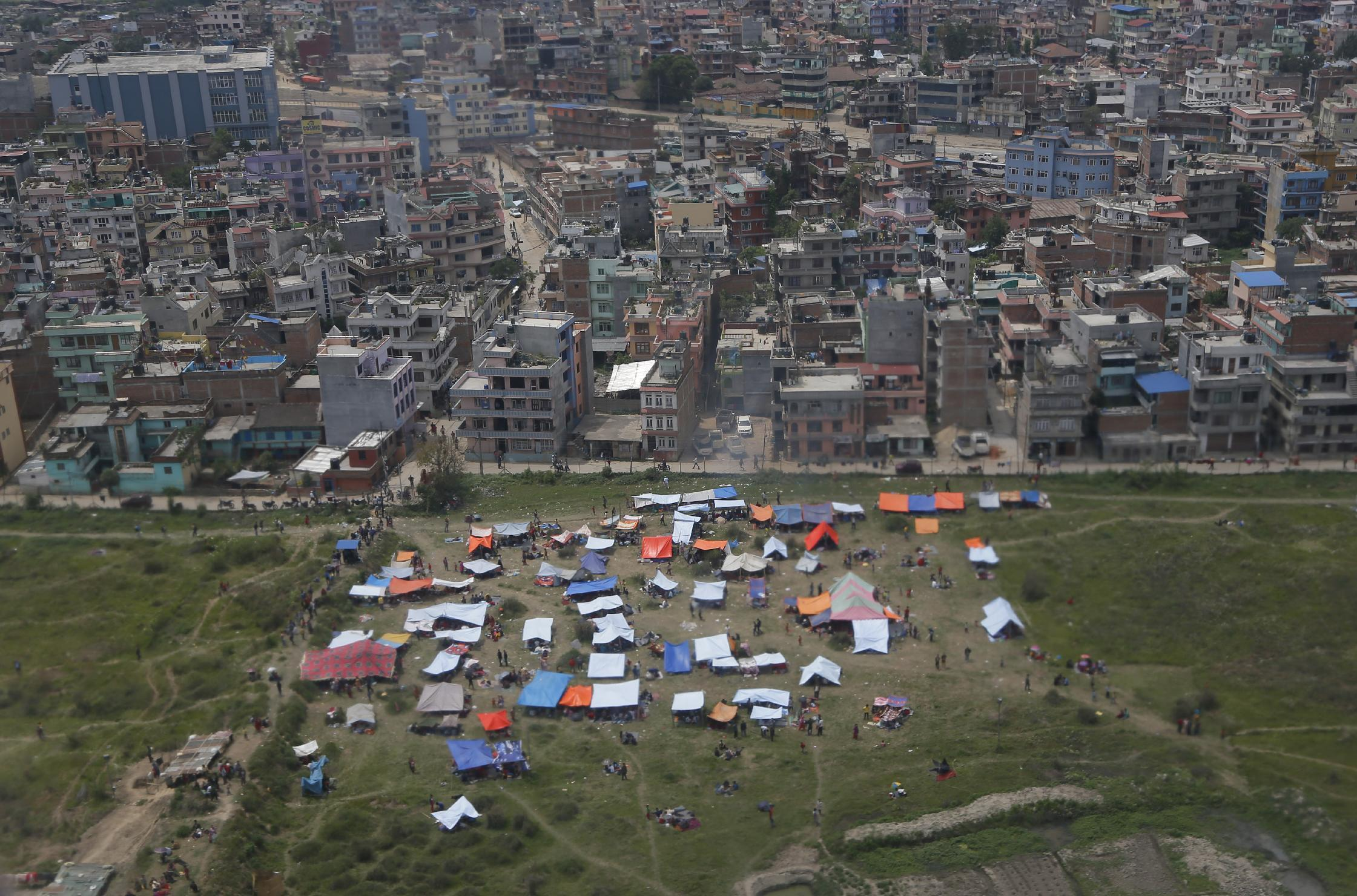 Quake agony revealed quietly on trip from Nepal airport