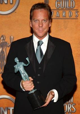 "Kiefer Sutherland of ""24"" Outstanding Performance by a Male Actor in Drama Series Screen Actors Guild Awards 2/22/2004"