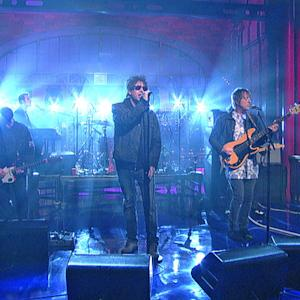 """Echo & The Bunnymen Perform """"Holy Moses"""""""