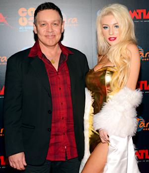 "Courtney Stodden, 19, Doug Hutchison, 53, Confirm Legal Separation: She ""Married at a Young Age"""