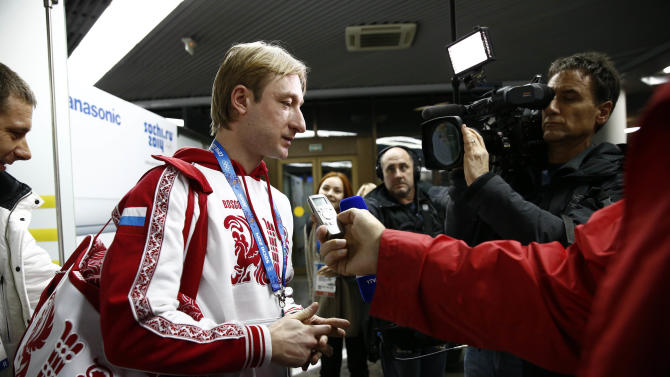 OLYMPICS: Feature- Athletes arrive in Sochi