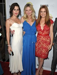 Lizzy Caplan, Kirsten Dunst and Isla Fisher hit the red carpet in LA for the Bachelorette premiere