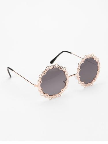 UO Love Lace Sunglasses