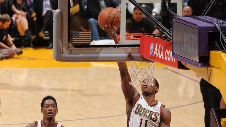 Bucks send Lakers to 6th straight loss
