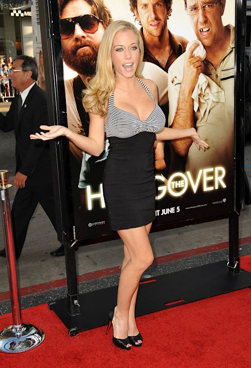 Kendra Wilkinson arrives at the Los Angeles premiere of &quot;The Hangover&quot; at Grauman's Chinese Theatre on June 2, 2009 in Hollywood, California. 
