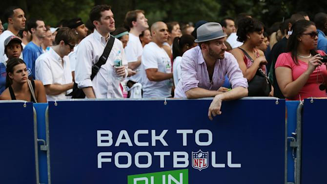 A general view of atmosphere is seen during the National Football League Back to Football Run on Friday, Aug. 30, 2012 at Central Park in New York. (John Minchillo/AP Images for NFL)