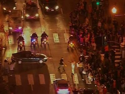 Thousands Celebrate Giants Win in San Francisco