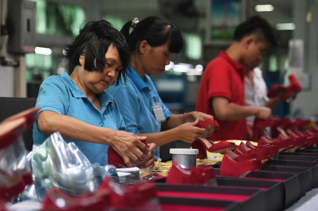 China factory-gate inflation hits 5-year high