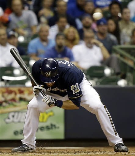 Estrada gets elusive win as Brewers beat Cubs 5-2