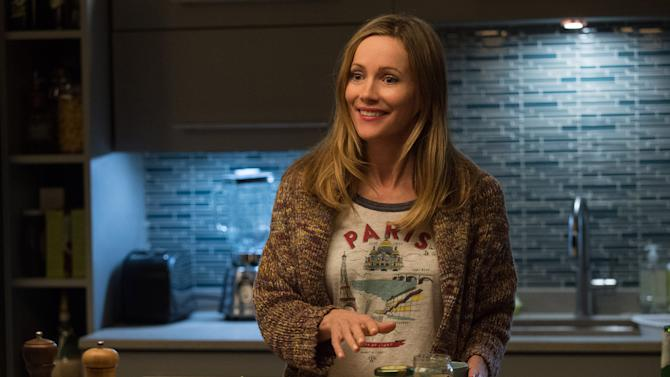 """This image released by  Warner Bros. Entertainment Inc. shows Leslie Mann in a scene from, """"How to Be Single."""" (Barry Wetcher/Warner Bros. Entertainment via AP) Inc."""