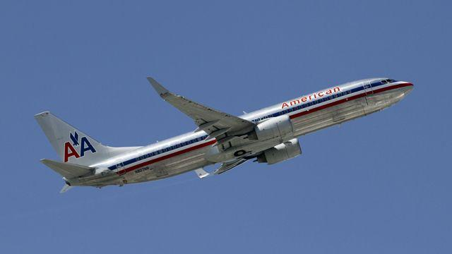 American Airlines grounds more planes over seat problems