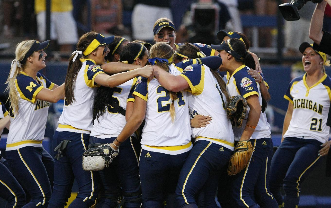 Michigan stays alive as Wagner shuts out Florida 1-0 in WCWS