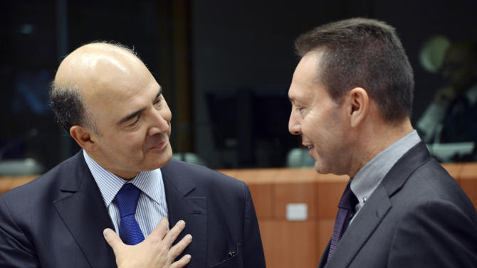 Greek PM presses for deal on loan