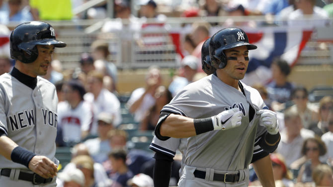 Yankees shake up roster, hold on to beat Twins 9-7