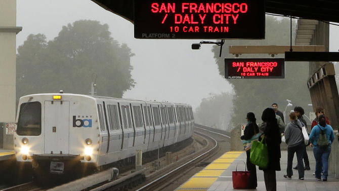 SF transit agency calls for renewed labor talks