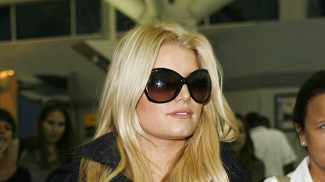 Jessica Simpson JFK Airport