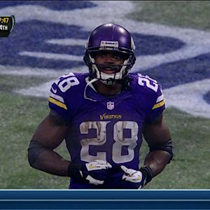 Minnesota Vikings running back Adrian Peterson hits 10,000-yard milestone