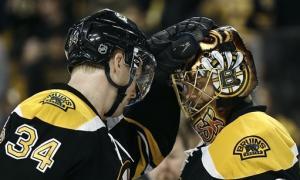 Rask gets shutout as Bruins beat Lightning 2-0