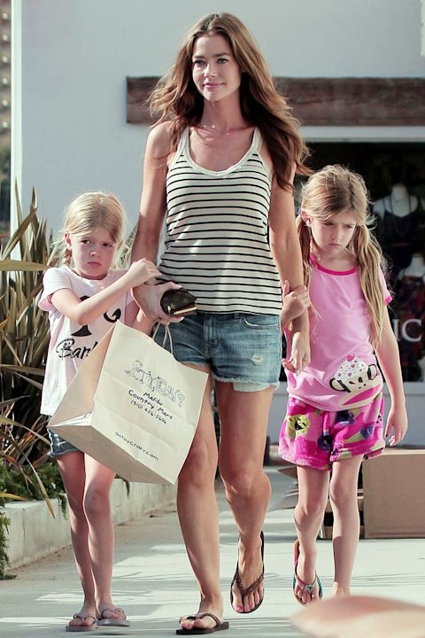 Denise Richards Shopping