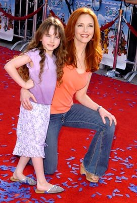 Amy Yasbeck and daughter Stella at the Westwood premiere of 20th Century Fox's Robots