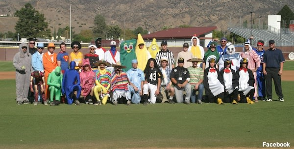 The full Simi Valley baseball team in costume