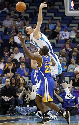 Warriors beat Hornets 101-92 to end slide at 4