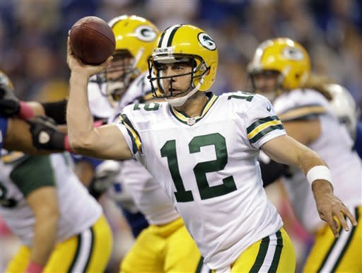 Luck rallies Indianapolis past Green Bay 30-27