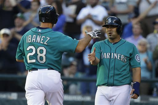 Ibanez, Mariners beat skidding White Sox 4-2
