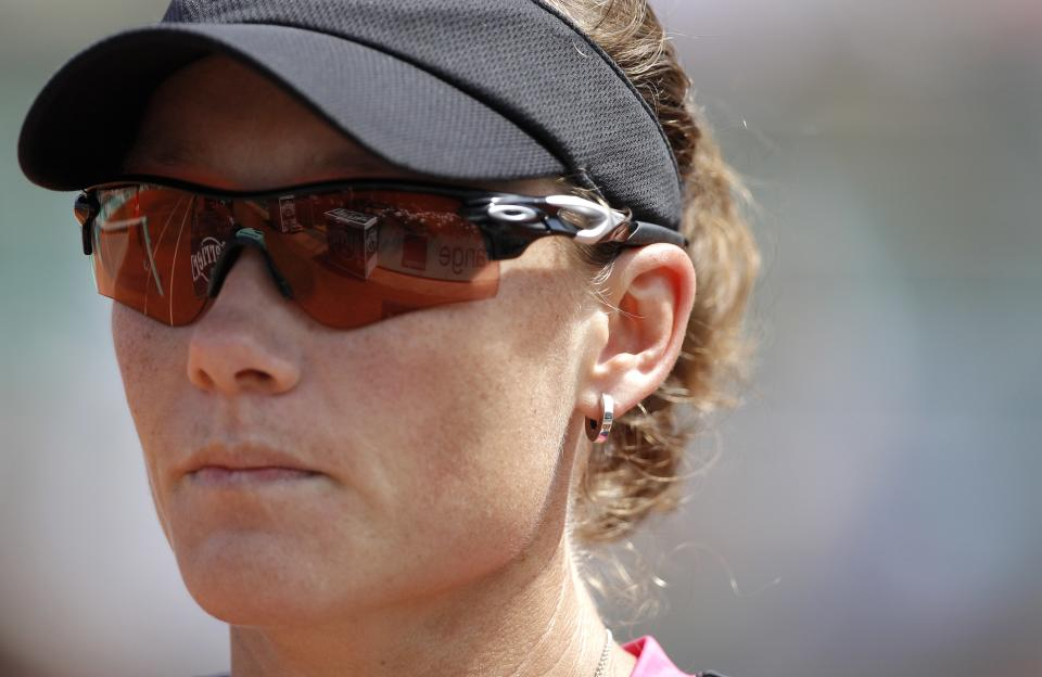 Australia's Samantha Stosur walks back to her chair during a break as she plays Slovakia's Dominika Cibulkova during their quarterfinal match in the French Open tennis tournament at the Roland Garros stadium in Paris, Tuesday, June 5, 2012. Stosur won 6-4, 6-1. (AP Photo/Michel Spingler)