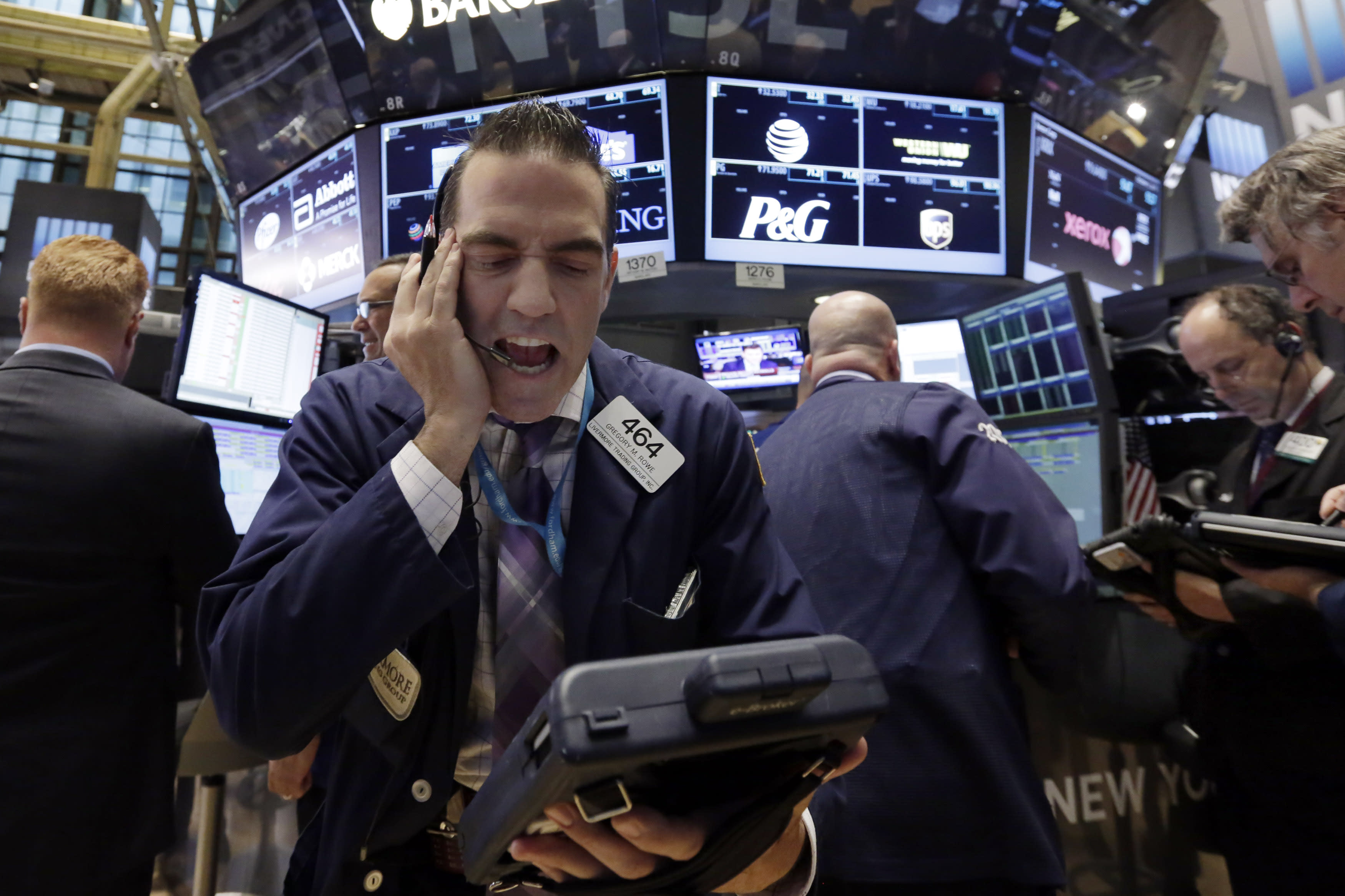 Stock market shakes off an early stumble, ends higher