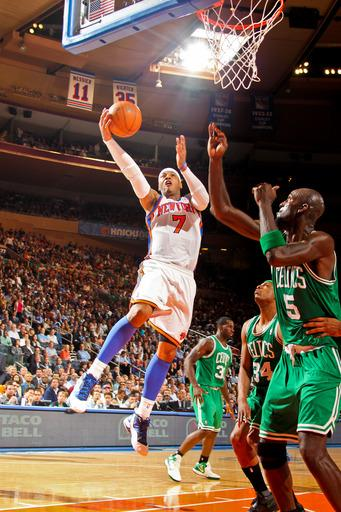 Anthony has triple-double, Knicks rout Celtics
