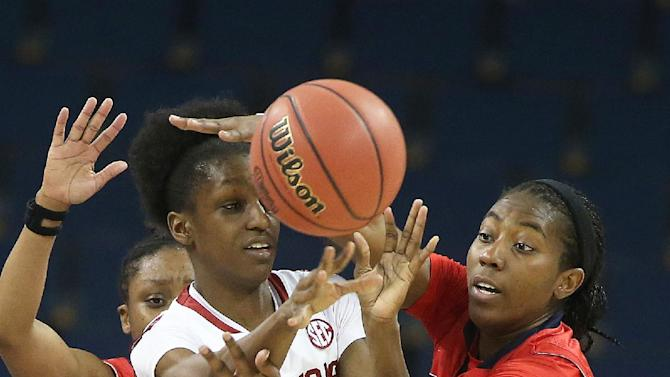 Jenkins' layup sends Ole Miss past Arkansas