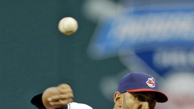 Indians beat White Sox for 14th straight time, 7-2