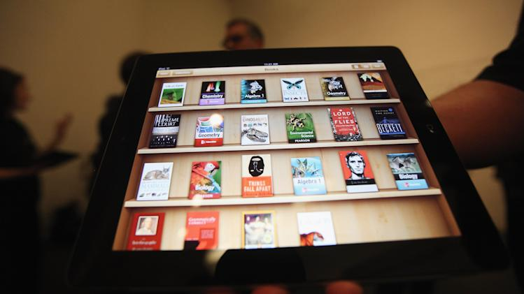 Apple Announces Digital Textbooks Service At Guggenheim