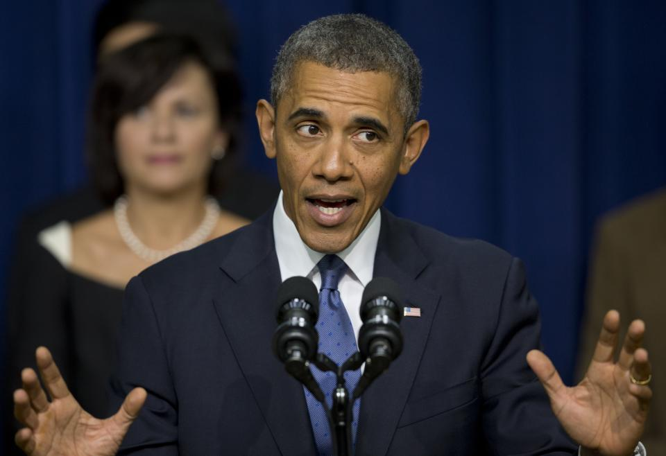 In budget faceoff, Obama warns of 'economic chaos'