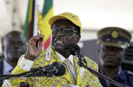 Zimbabwe's President Robert Mugabe addresses supporters at the on going elective congress in Harare