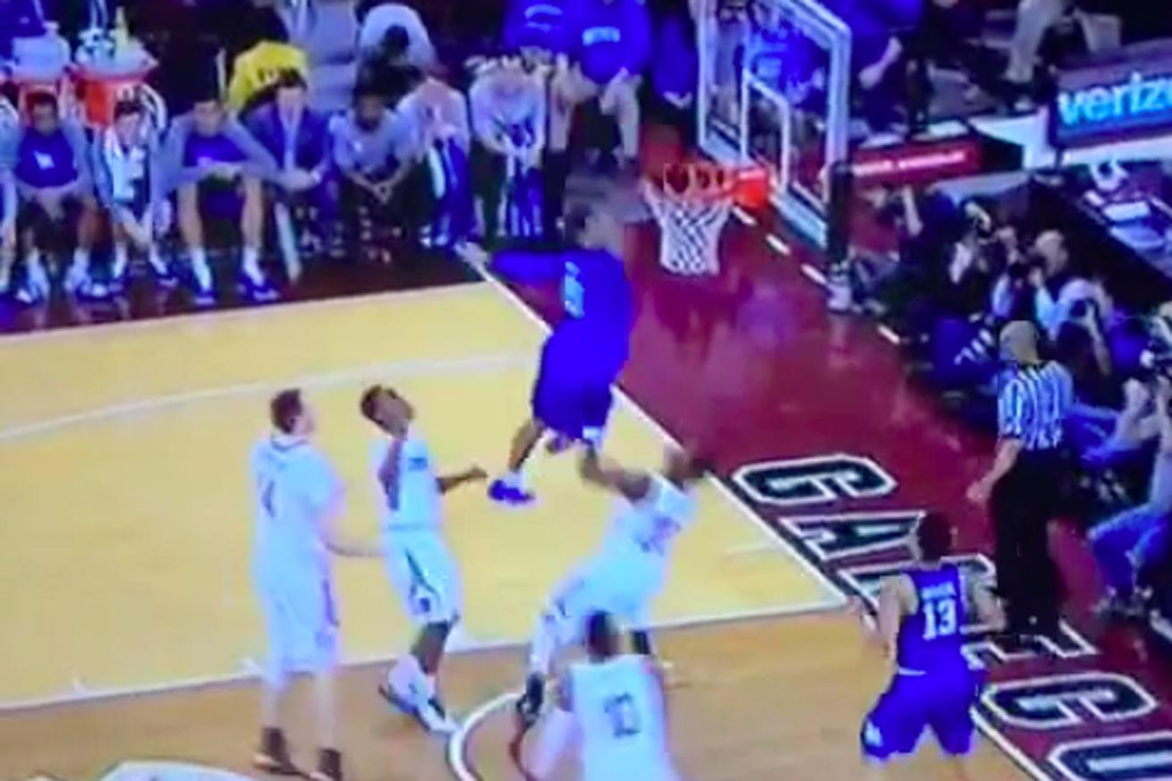 Jamal Murray dunked on South Carolina so hard they should have canceled the game