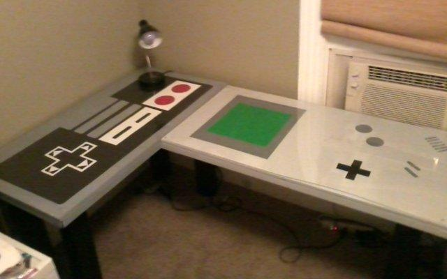 Nintendo-Themed Desk Makes Studying Nerdy and Fun [PIC]