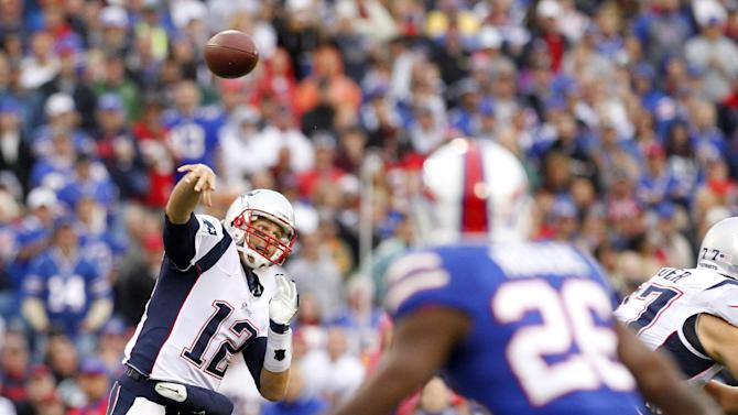New England Patriots' Tom Brady throws during the first quarter of an NFL football game against the Buffalo Bills in Orchard Park, N.Y., Sunday, Sept. 30, 2012. (AP Photo/Bill Wippert)