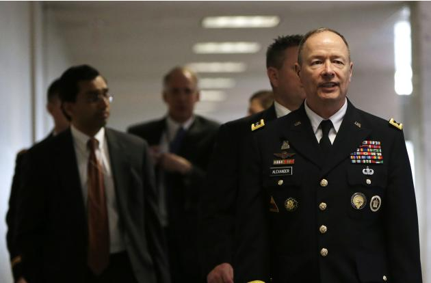 NSA Director Alexander walks into Senate Intelligence Committee hearing in Washington