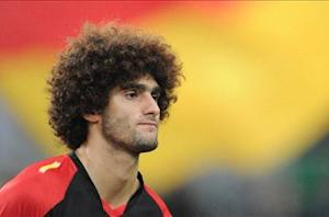 Fellaini available for Belgium despite wrist injury