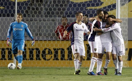 Espindola's two goals lift Real Salt Lake