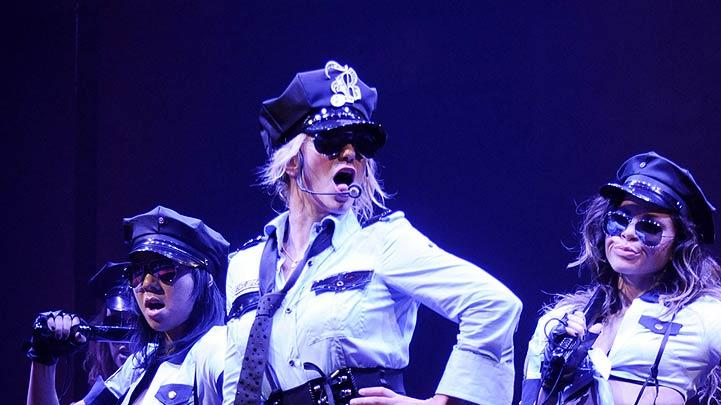 Spears Britney Circus Tour