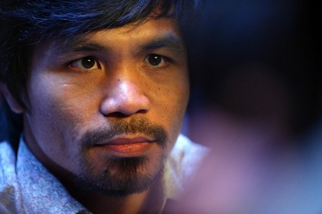 Boxer Manny Pacquiao has pledged support for the victims of a devastating typhoon in his native Philippines that has left a quarter million homeless and killed over 470 people