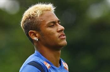 Hulk talks up Neymar Russia move