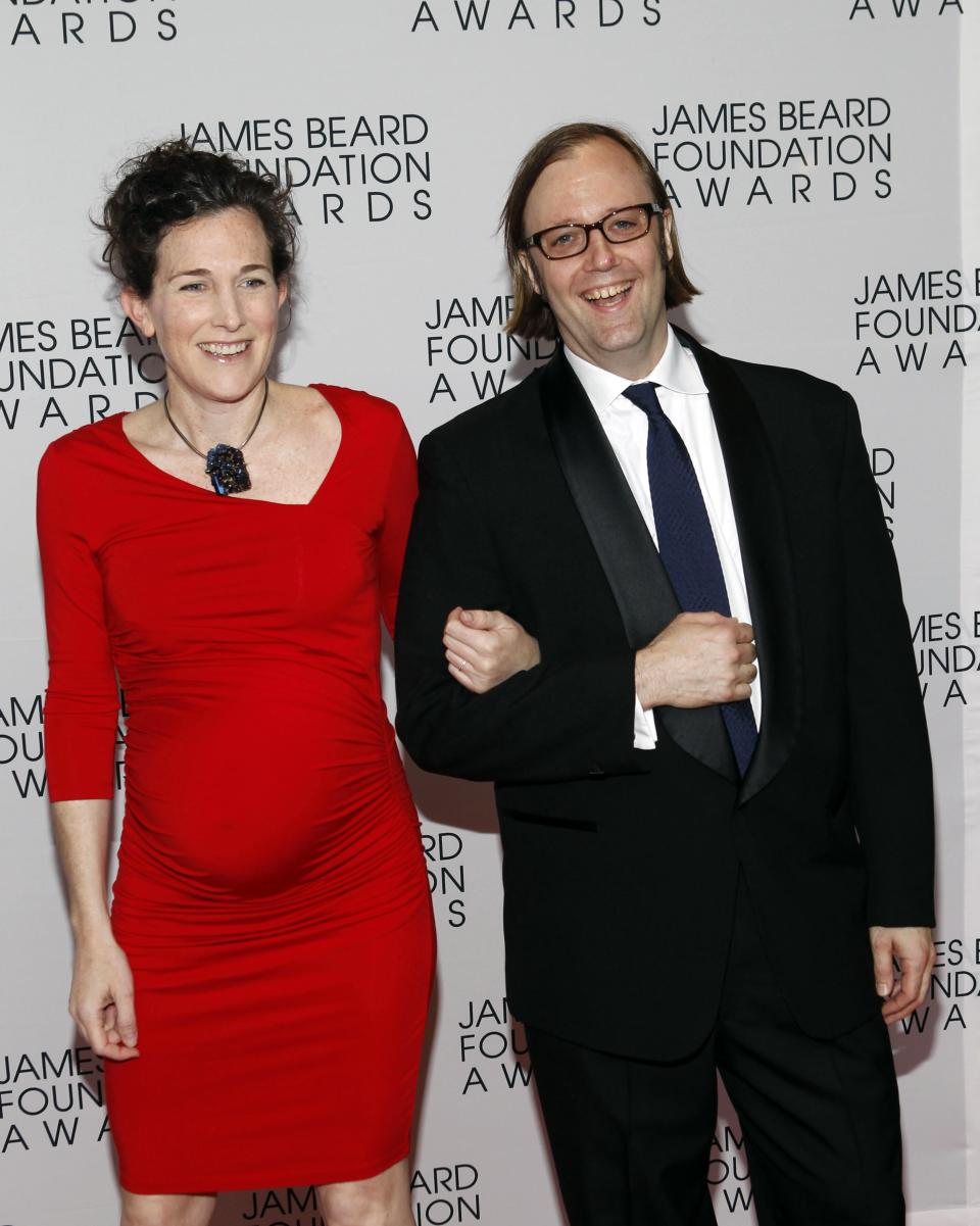 Chef Wylie Dufresne his wife Maile Carpenter arrive for the James Beard Foundation Awards, Monday, May 7, 2012, in New York. (AP Photo/Jason DeCrow)
