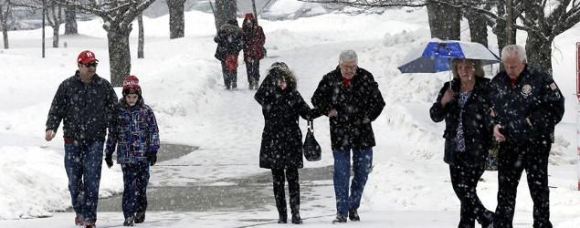 Storm sets sights on Midwest, Northeast