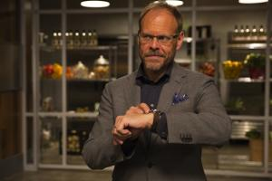 'Cutthroat Kitchen,' 'Guy's Grocery Games' Renewed by Food Network